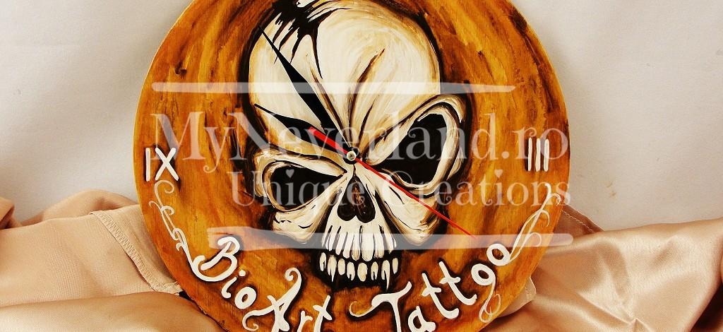 """Ceas de perete """"BioArt Tattoo"""""""