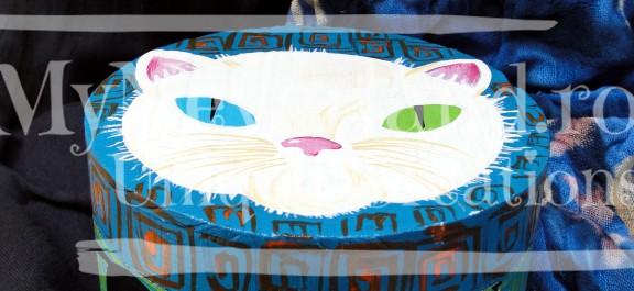 """Cutie de bijuterii """"White cat"""""""