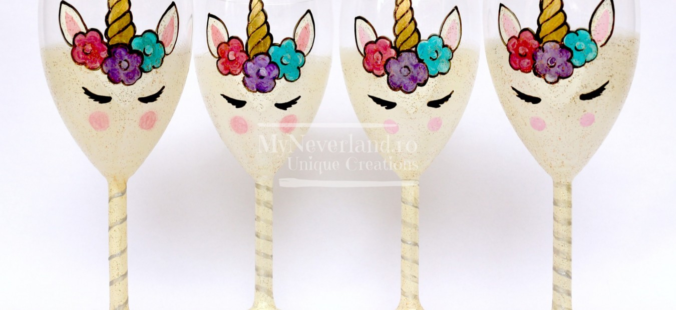 "Set pahare botez ""Unicorn"""