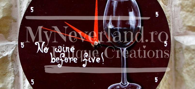 """Ceas de perete """"No Wine"""""""
