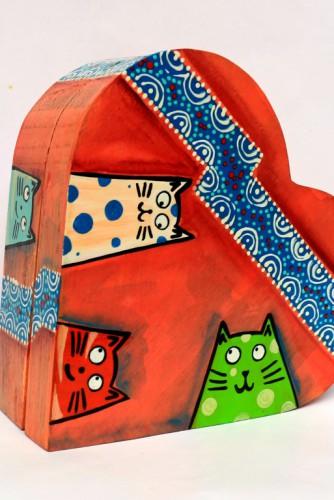 """Cutie bijuterii """"A heart full of cats"""""""