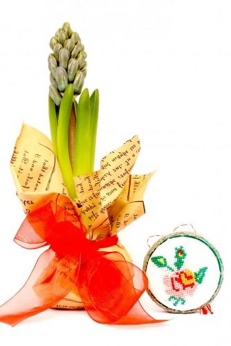 "Set Martisor Zambila + Brosa cusuta manual ""Flower"""